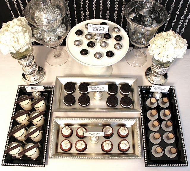 Amanda s parties to go holiday glamour dessert and party tables