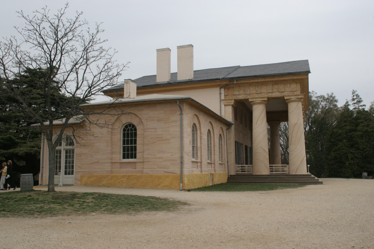 Camp martin travels arlington house robert e lee memorial for Lee homes