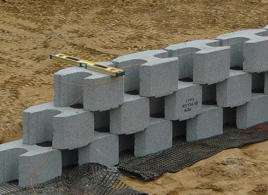 WHS 2010 Building a Masonry Retaining Wall