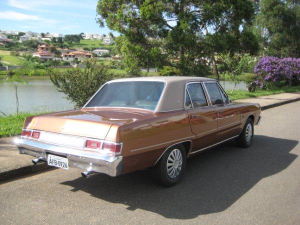 Carros Antigos Restaurados: Dodge LeBaron 1978/79