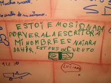 """Los chicos escribieron opiniones y piropos en las """"paredes"""" del Museo!"""