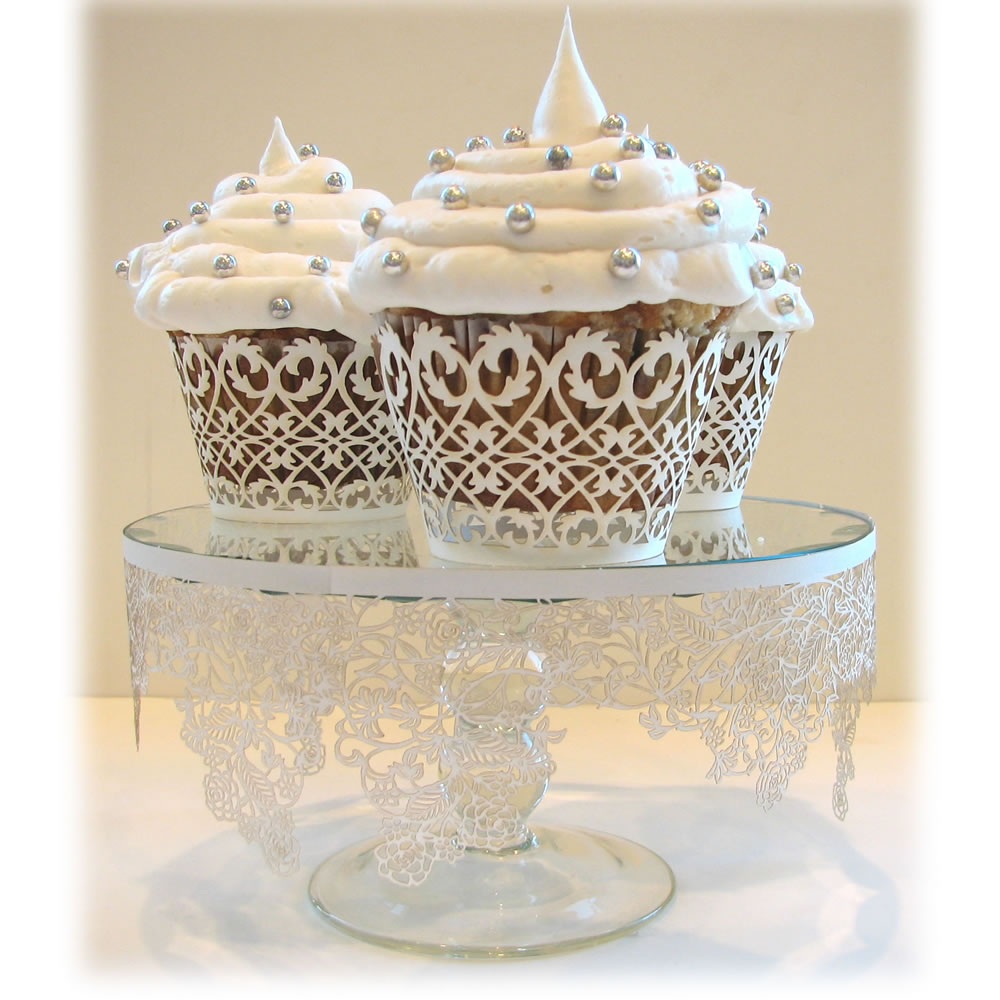 cupcake-wrapper-white-filigree1.jpg (image) :  cupcakes