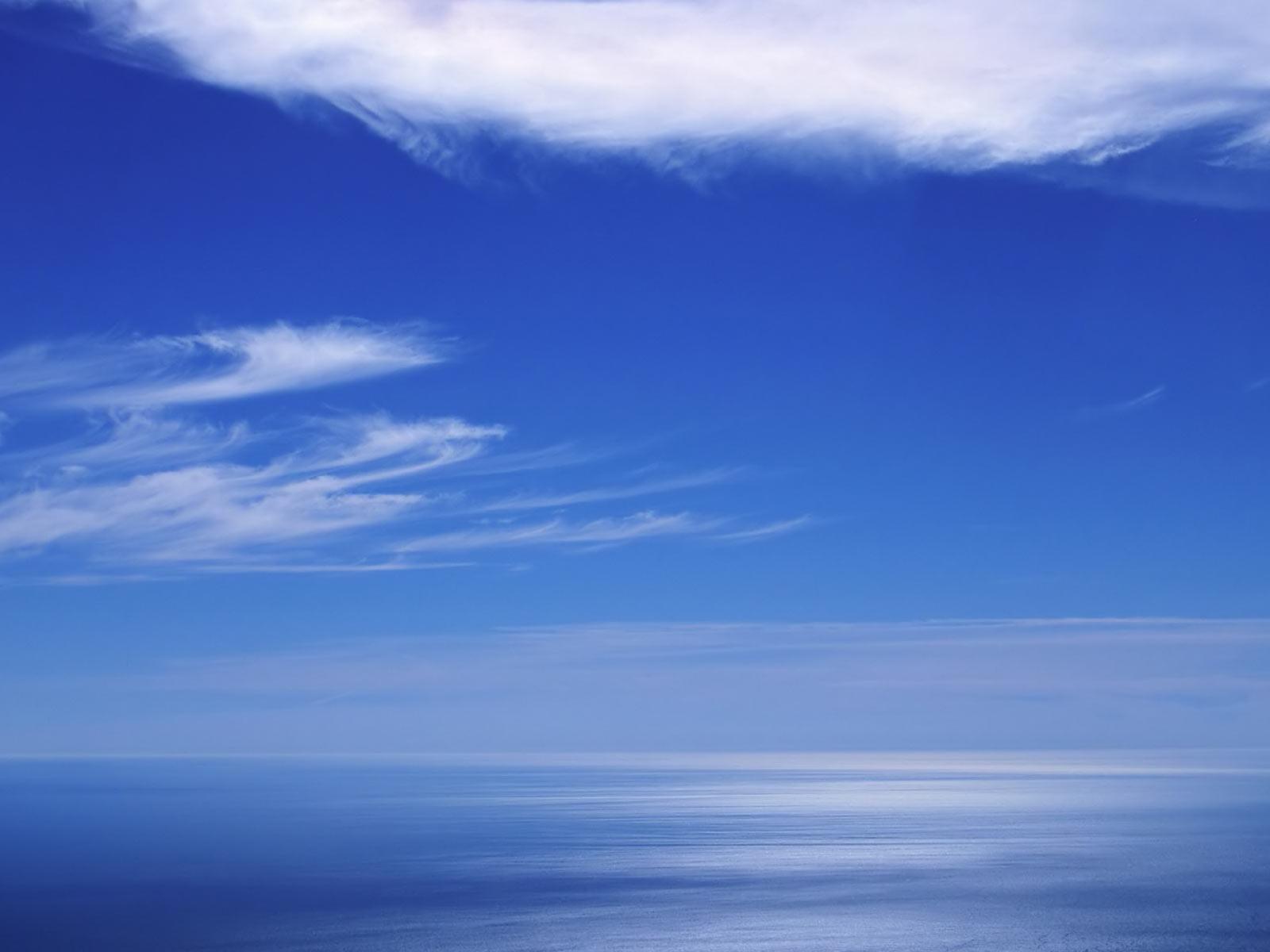 Cielo E Mare Azzurro Profondo Immagini E Sfondi Per Ogni Momento