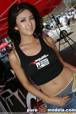 Leah Dizon Race Queen San Diego Nemesis Race 2005