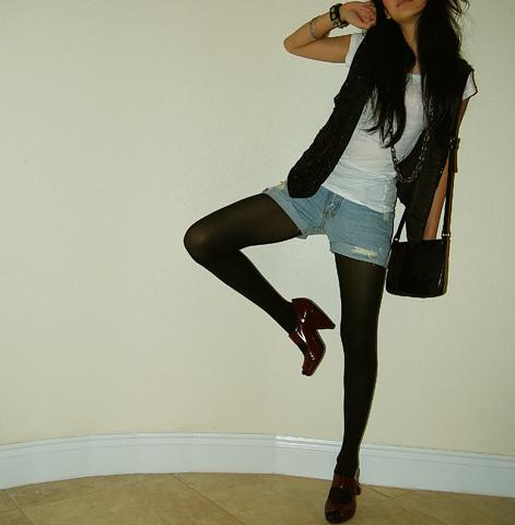 http://1.bp.blogspot.com/_QsEboZXWNNY/SxGiQXWg8wI/AAAAAAAAApE/avFZjlxHUMI/s1600/131635_lookbook+fashion+inspiration.jpg