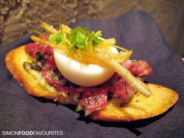 Simon food favourites skalli paris australian launch for Japanese canape
