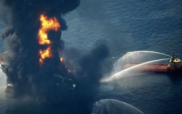 oil rig explosion. Mexico – Oil Rig Explosion