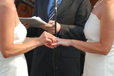 Estafa de matrimonio con el mismo sexo