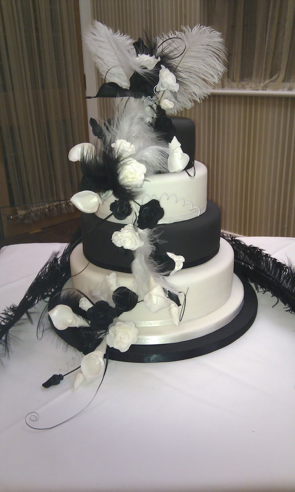 Sams Cakes Black And White Wedding Cake
