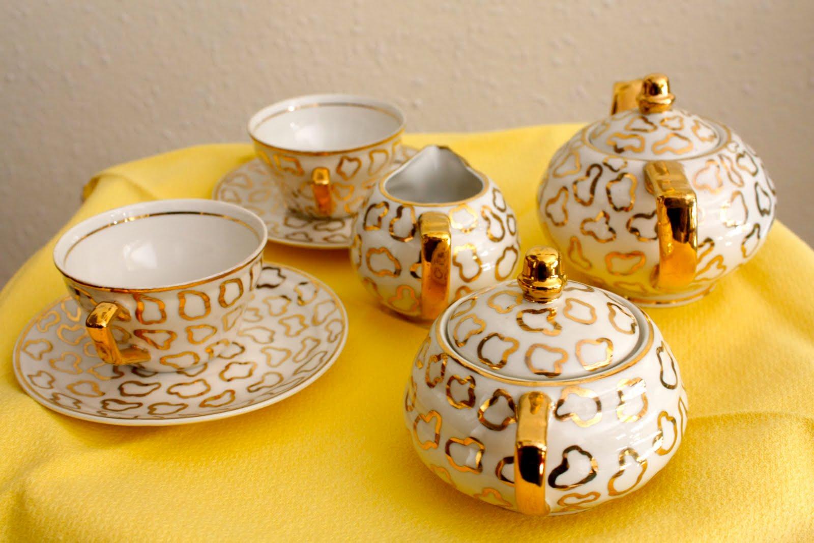 Diferentes usos para las tazas de t decoraci n retro for Juego de tazas de te