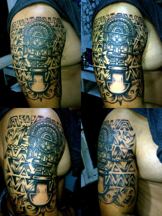riesgo tatuaje. Elegir el diseño es la parte más difícil de todo el proceso del tatuaje,