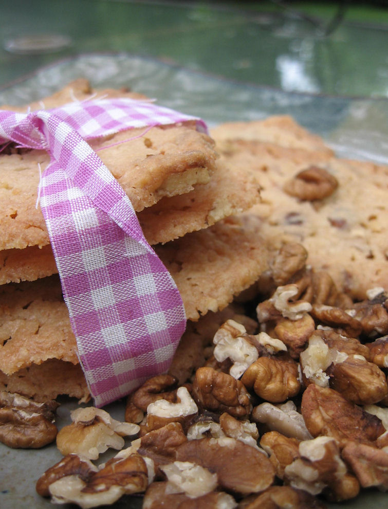 Hickory Nut Cookies with Maple Cream Icing | Feasting Freds