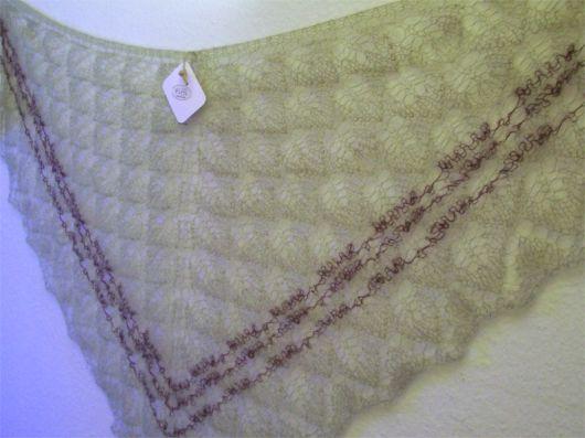Tynd støvet grøn mohair med brun stribe
