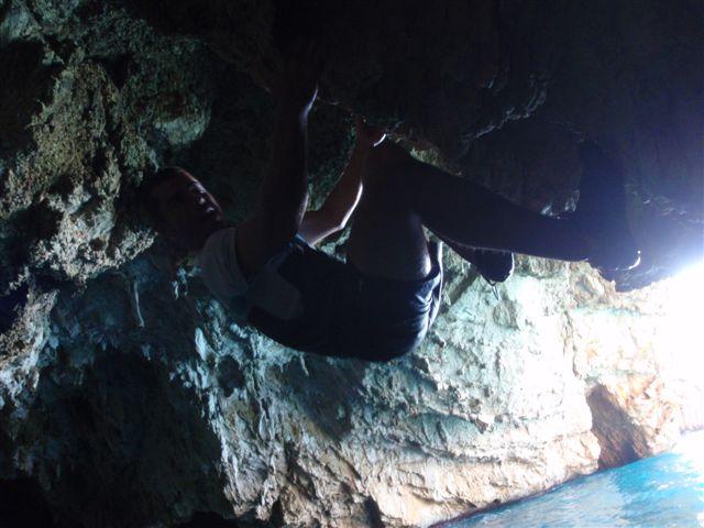 cueva del ambolo