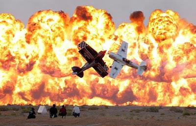 planes fire