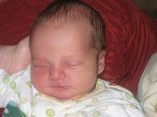 Pequeno Lucas durmiendo