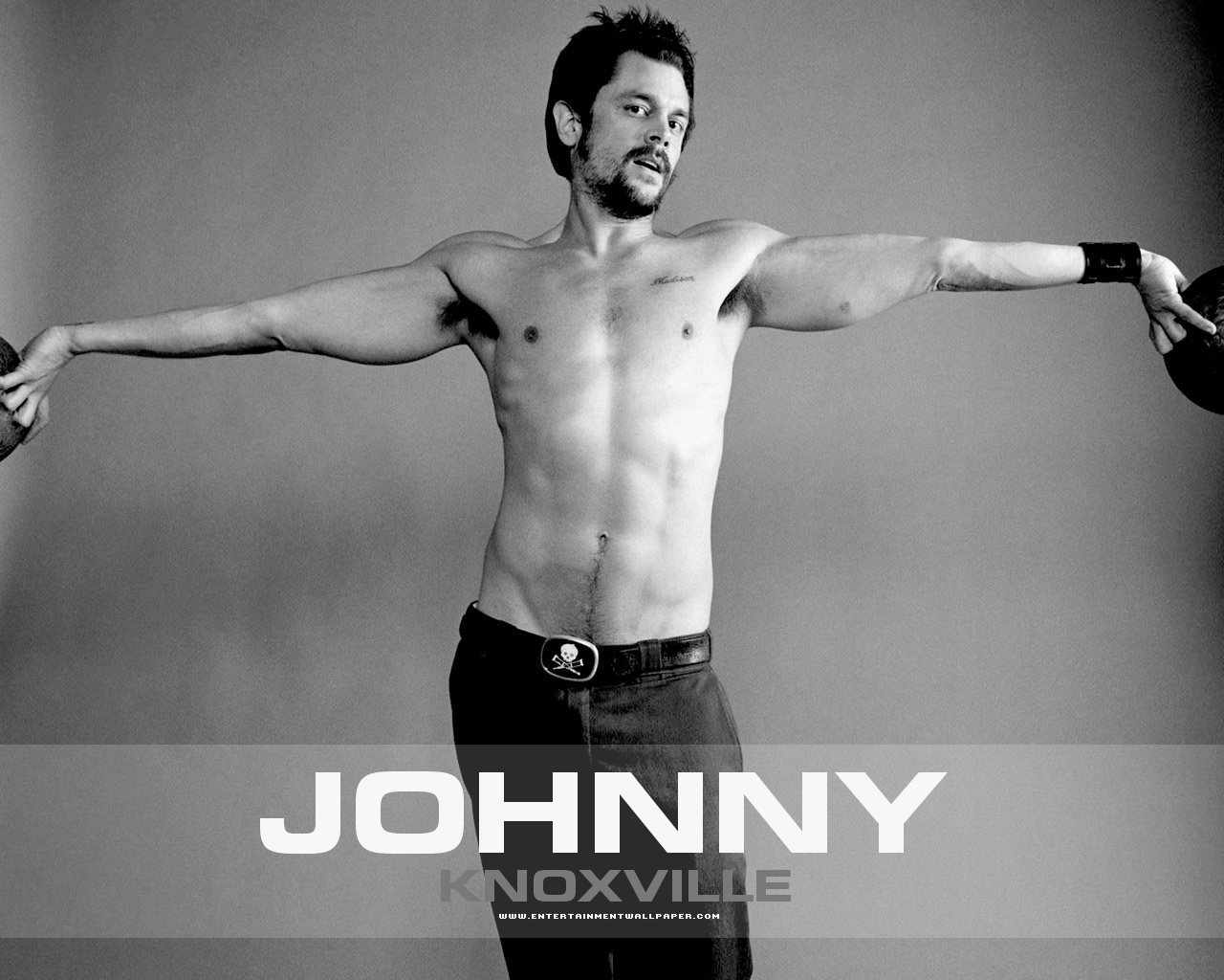 naked pictures of johnny knoxville