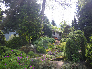 Small house at Minter Gardens - British Columbia