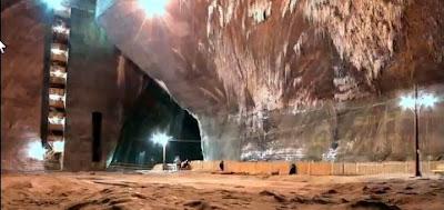 Turda Salt Mine - Rudolf section - image before restoration