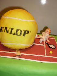 tarta con forma de pelota dunlop