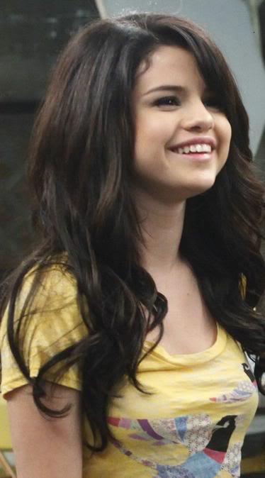 selena gomez naturally cover. hair Selena Gomez 6th Annual