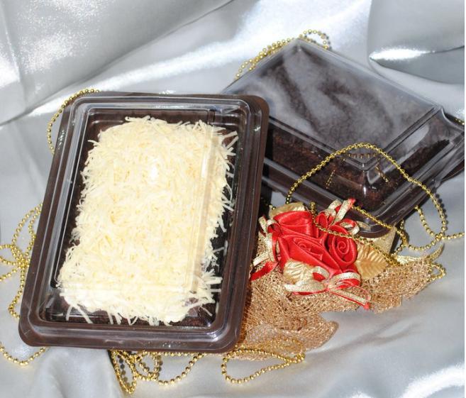 brownies kukus ukuran 1 2 brownies tersedia dengan berbagai topping ...