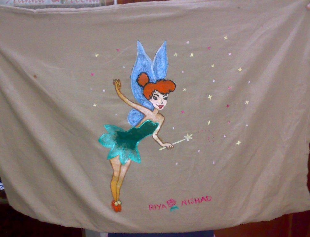 Pillow Cover design (Tinker Bell) for kids using fabric paint. & Pillow Cover design (Tinker Bell) for kids using fabric paint ... pillowsntoast.com