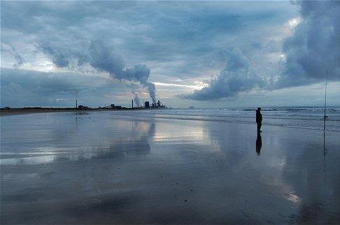 Foto Bayangan Pemandangan Pabrik