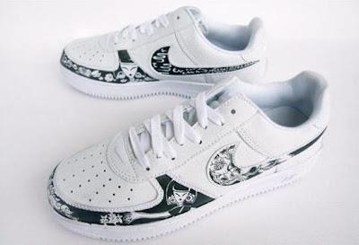 Nike Dunk x Miss Hua