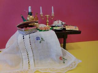 miniatura hechas con fimo, tarta, bombones, galletas, gambas, esparragos