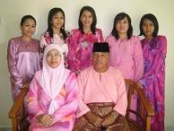 Ungku Rozila's Family