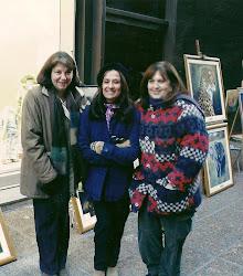 Con Lili y Silvia , una muestra en la calle, con mucho fríoooooooo!