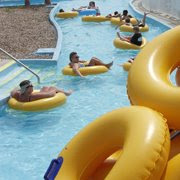 water parks and indoor waterpark hotels