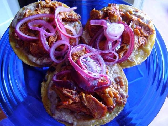 Tlazolcalli cucina messicana tradizionale e panuchos for Casa tradizionale giapponese significa