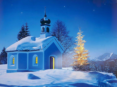 Christmas Wallpaper on Christmas Wallpapers Free Blue Lights Christmas Tree Wallpaper