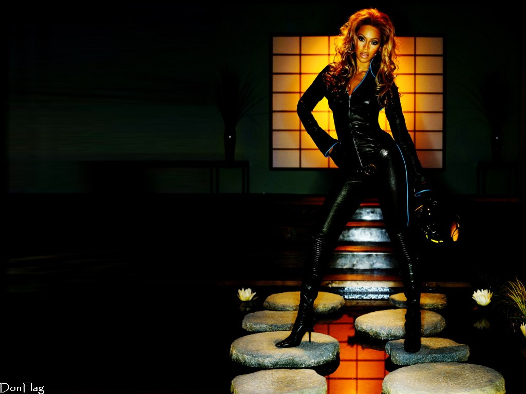 http://1.bp.blogspot.com/_RAlP3BmEW1Q/TQYVR5oNiaI/AAAAAAAACkE/pGfVVEBhERs/s1600/The-best-top-desktop-beyonce-knowles-wallpapers-7.jpg