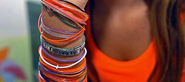 http://1.bp.blogspot.com/_RAoVoupD79I/TBiLxNbaaKI/AAAAAAAACyE/MRQ4BXTQXGE/s1600/pulseras-br_01.jpg