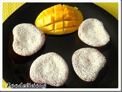 [Pari+Vasisht+mango+hearts+and+mango+mffins]