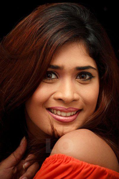 Hot Lanka: SRI LANKAN HOT & SEXY ACTRESS ANARKALI AKARSHA