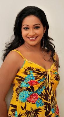 Srilankan Sexy  Actress Nadeesha Alahapperuma Bikini Photos