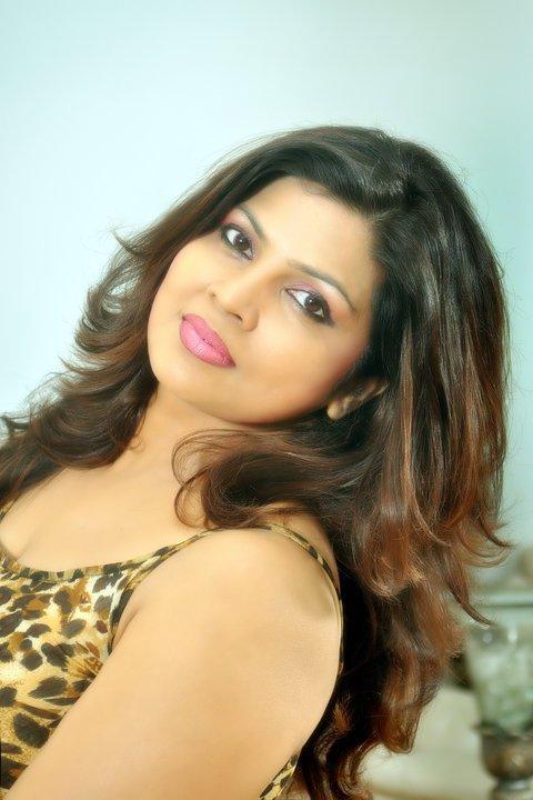 Sudharma Neththikumara sexy photo