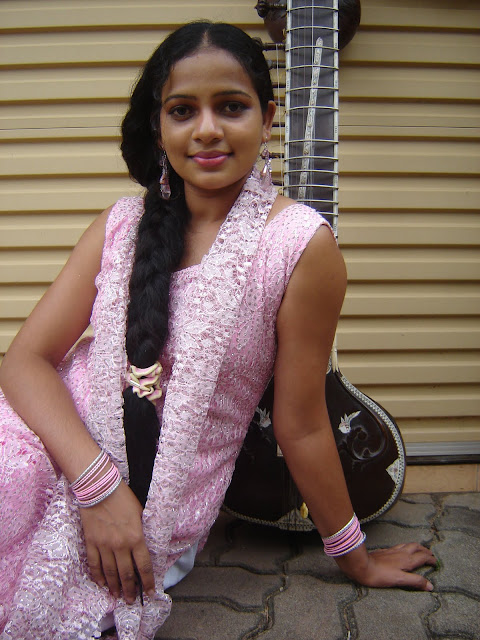 Umayangana Wickramasinghe sexy photo
