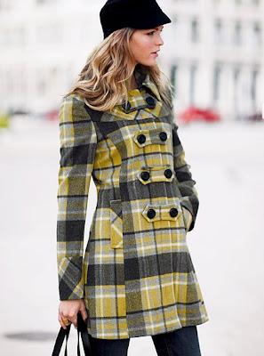 http://1.bp.blogspot.com/_RCCq92205Nk/SxyRglfgnQI/AAAAAAAAAQU/I9gyVRJw5MU/s400/victoria%27s+secret+wool+plaid+toggle+coat.jpg