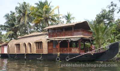 house-boats,kerala-boating-tours,lake-cruises,backwater-cruises,kumarakom-backwaters,house-boat-pictures,kerala-house-boats
