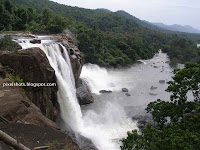 athirapilly-waterfalls-kerala,indian-niagra,widest-waterfalls-kerala,athirapally-project,indian-watwrfalls,kerala-tourism-spots