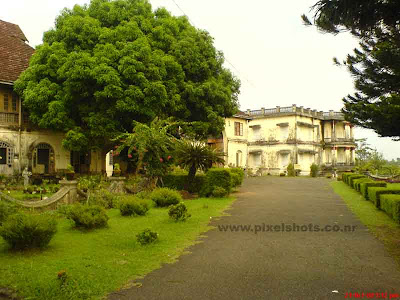 photograph of hill palace an old palace in cochin kerala,the palace built in kerala ettukettu architecture model picure