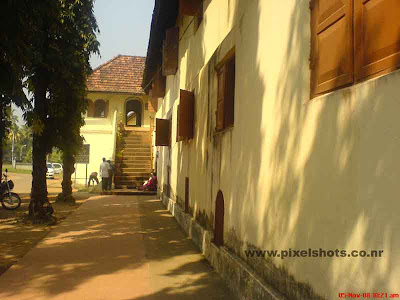 way to dutch palace museum of mattancherry cochin kerala india