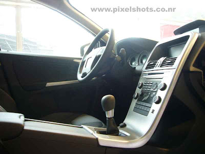volvos latest suv xc60 car dashboard and steering column photograph, inside volvo xc60, suv dashboard and driver console, american car interiors