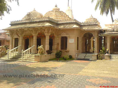 jaina temple photo from cochin mattancherry kerala india,temple which is a century old from kerala,temples-cochin-kerala