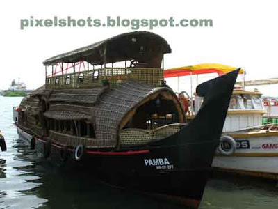house boats,kerala house boats,boating,India cochin houseboats,kerala backwater houseboats